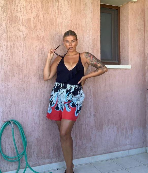 Janca Pollani si mostra senza filtri di bellezza
